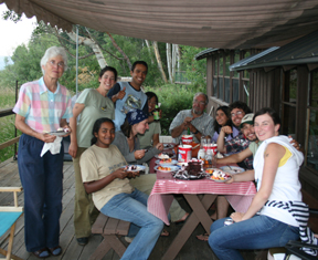 2008 cumpleanos party banding crew with Carol and CJ at Boat House 20080719 (72ppi 4x)