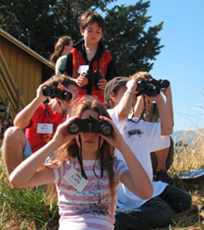 Binocluars Radical Raptors ScienceWorks Summer Camp Ages 6 11 2007 cropped (72ppi 4x)