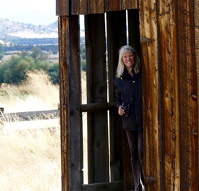 Shannon Rio Montague barn (72ppi 4x)